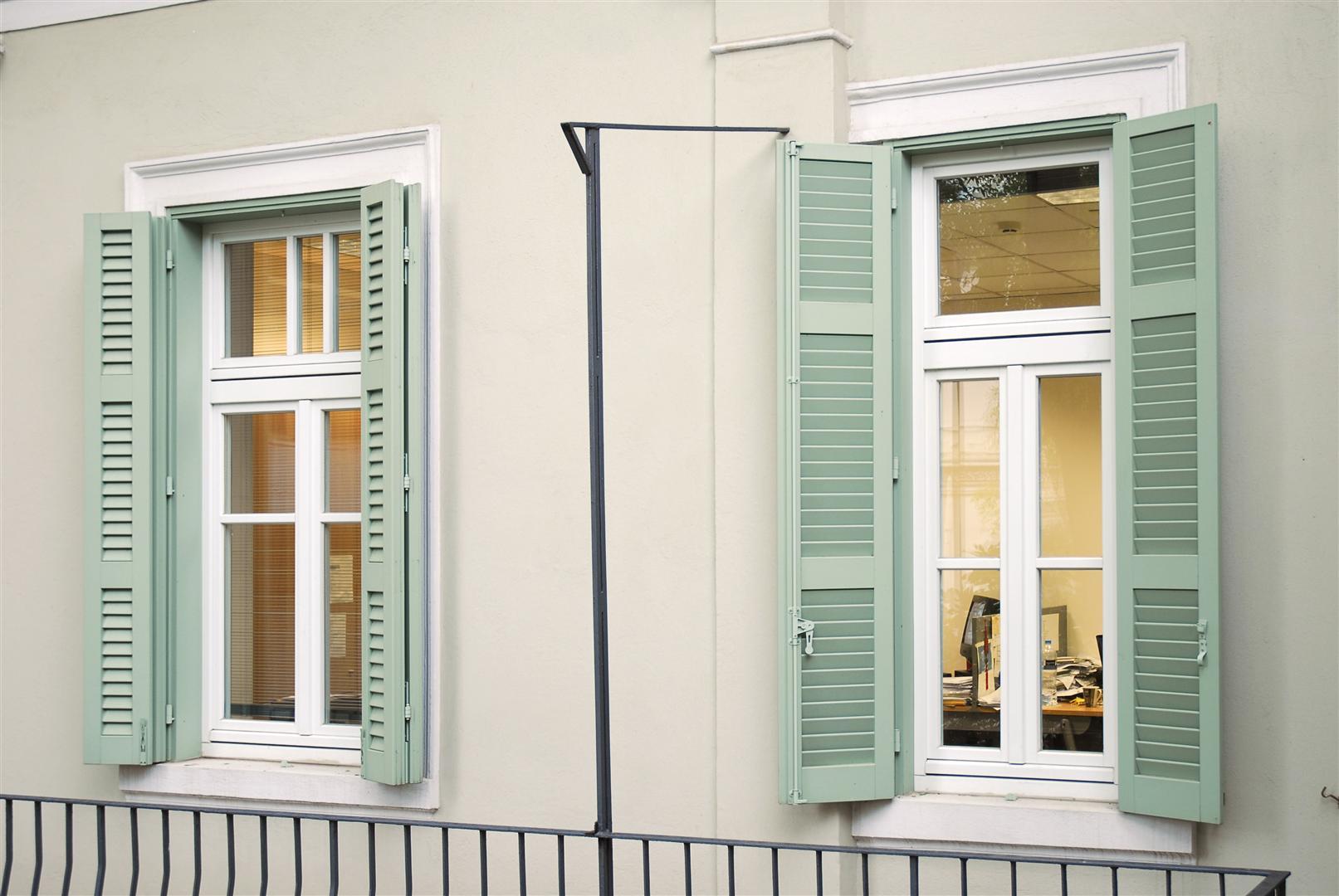 חלונות עץ מלא 7