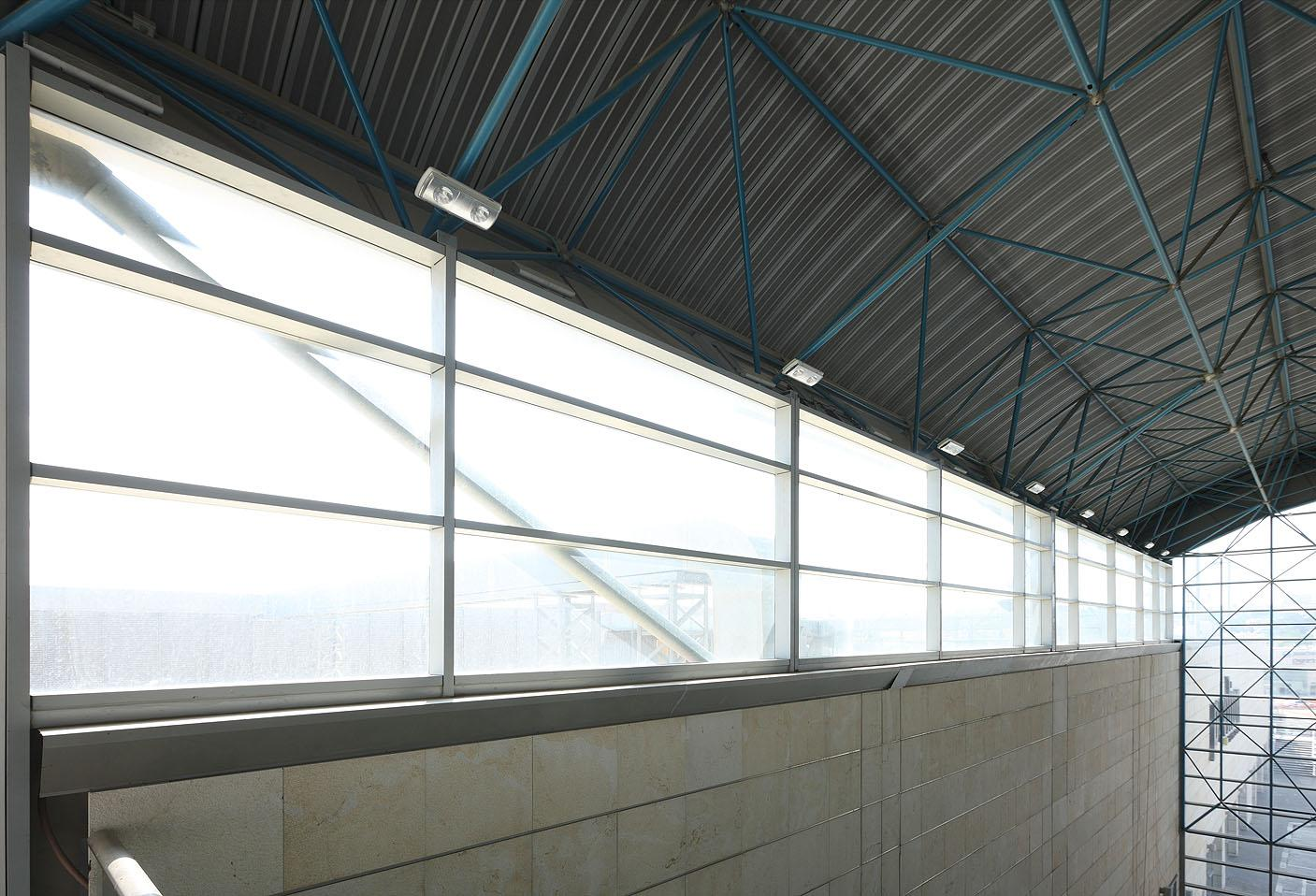 חלונות קירות מסך 7